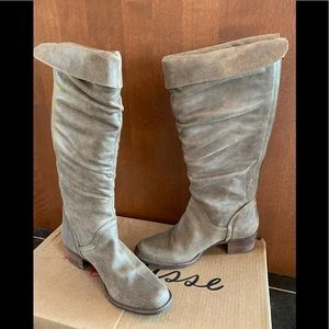 Knee high distressed leather boots, Matisse, 9M,